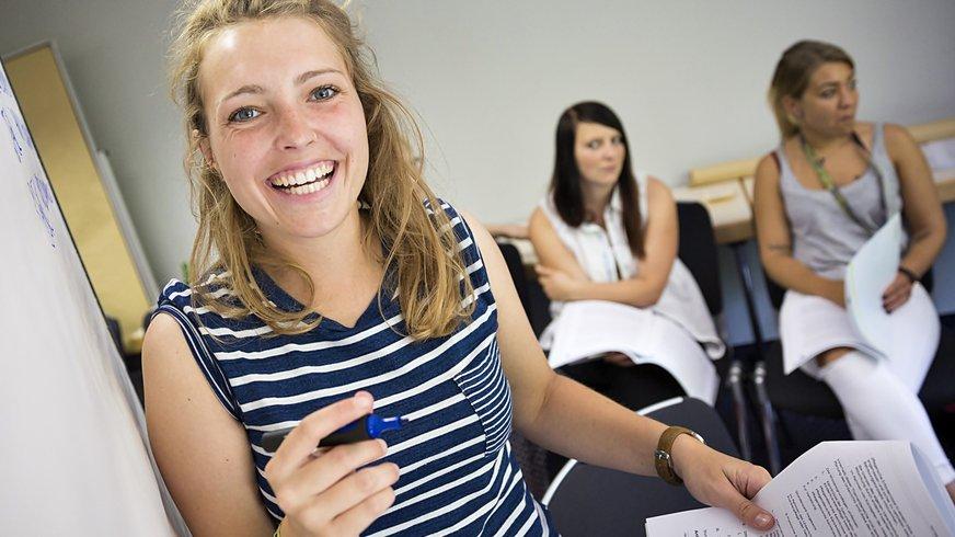 Frauen in einem Seminar