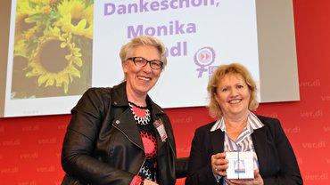 Bundesfrauenkonferenz 2019 Verabschiedung Monika Brandl (mit Barbara Henke) 1600x900