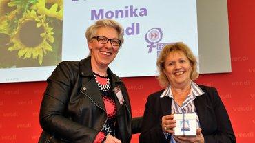 Bundesfrauenkonferenz 2019 Verabschiedung Monika Brandl (mit Barbara Henke)
