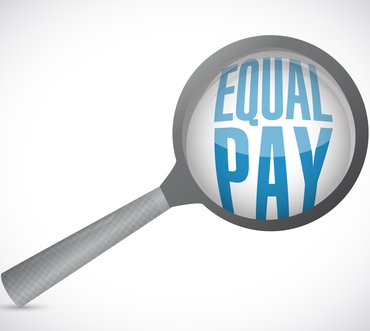 Equal Pay Lupe Entgeltgleichheit